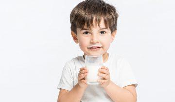 Çocuğunuza Sütü Sevdirmenin 10 Etkili Yolu