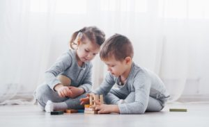 Çocuğun Kasığındaki Şişliği Önemseyin