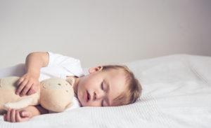 Bebeklerde Uyku Düzeni Nasıl Oluşturulur?