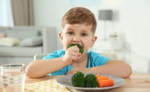 Ne Yiyeceğinize Siz Ne Kadar Yiyeceğinize Çocuğunuz Karar Versin